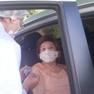 Ex-presidente da APL recebe vacina contra covid