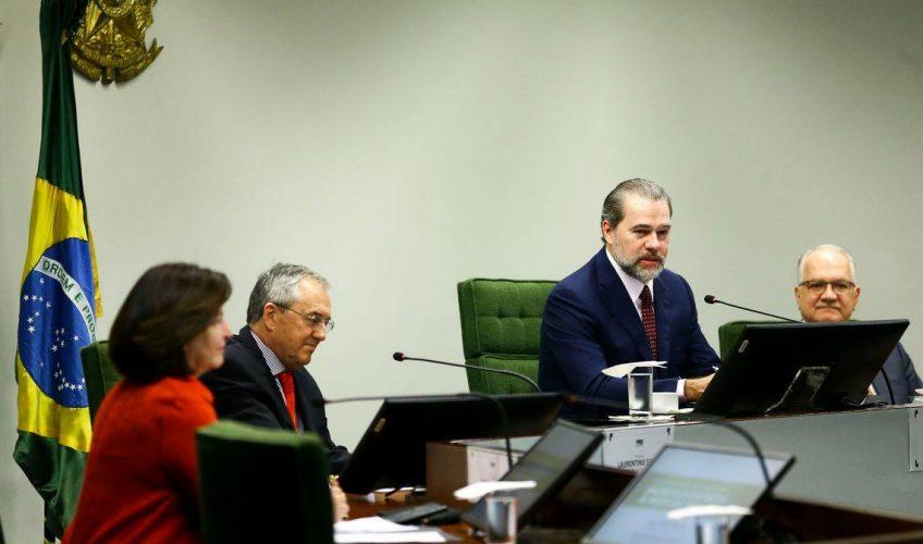 Laurentino Gomes leva a história até o STF