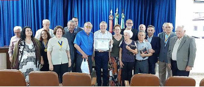 Laurentino Gomes recebe título na Paraíba
