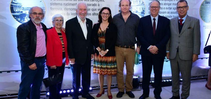 Acadêmicos participam de inauguração da renovada Estação Saudade