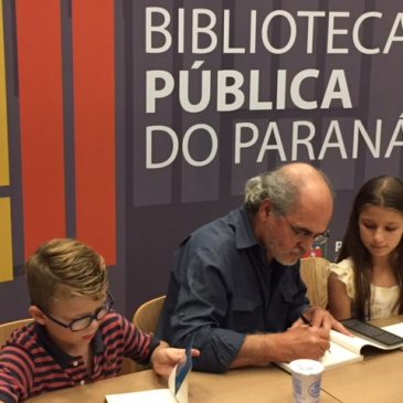 Nilson Monteiro lança livro sobre a Biblioteca Pública