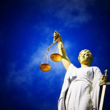 De Quem é o Julgamento: do Réu ou do Sistema?